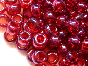 TOHO, Farbe 332 - Gold Luster Raspberry
