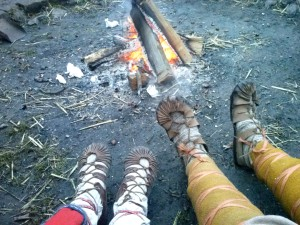 Kalte Füße an warmem Feuer
